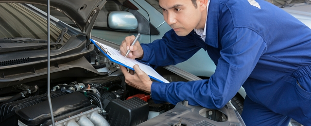 How_to_inspect_vehicle_for_fault_diagnosis_shutterstock_253755238
