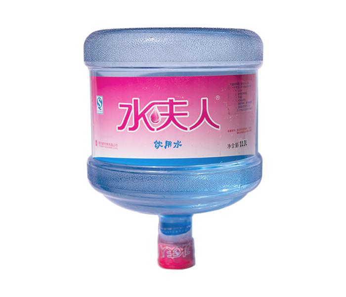 水夫人水桶2