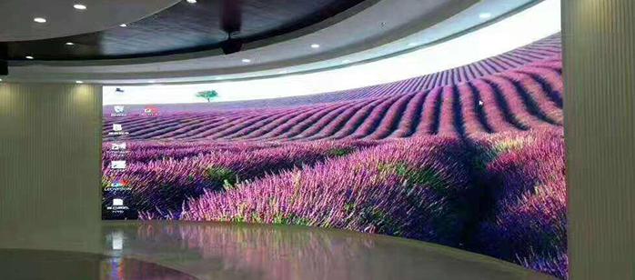 深圳商场室内p3弧形显示屏