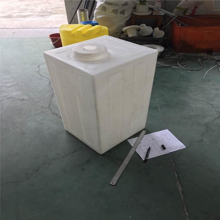120L方桶房車水箱18968315879