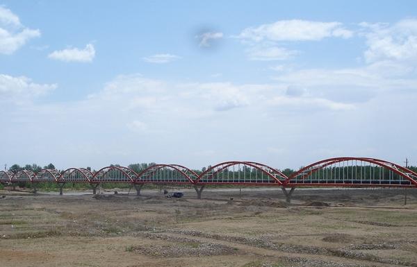 0977916_遷鋼二期依托礦業公司外部水源工程水源管道過灤河管橋