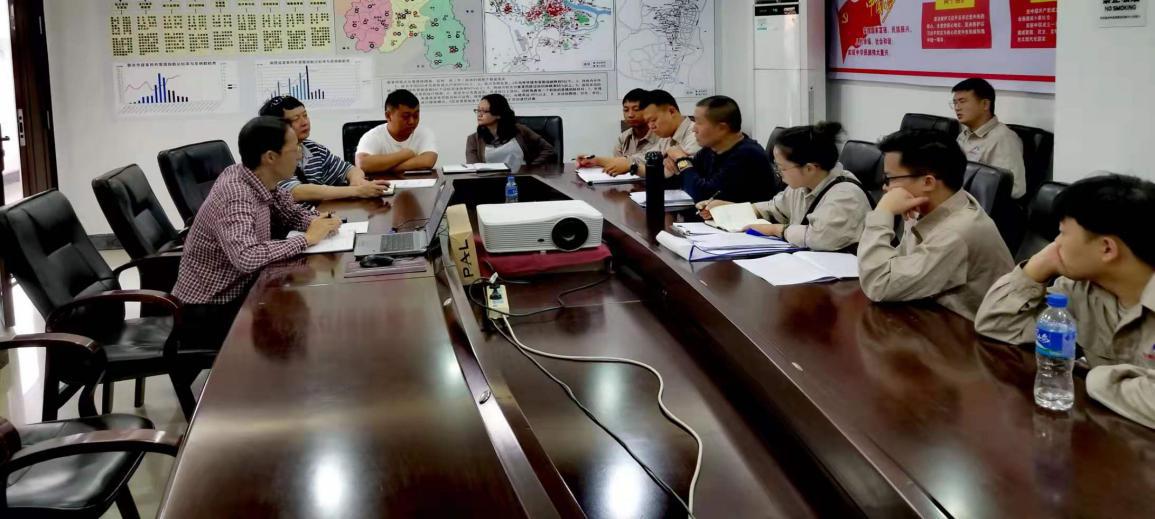 圖片1、與西雙版納傣族自治州疾病預防控制中心商定工作方案