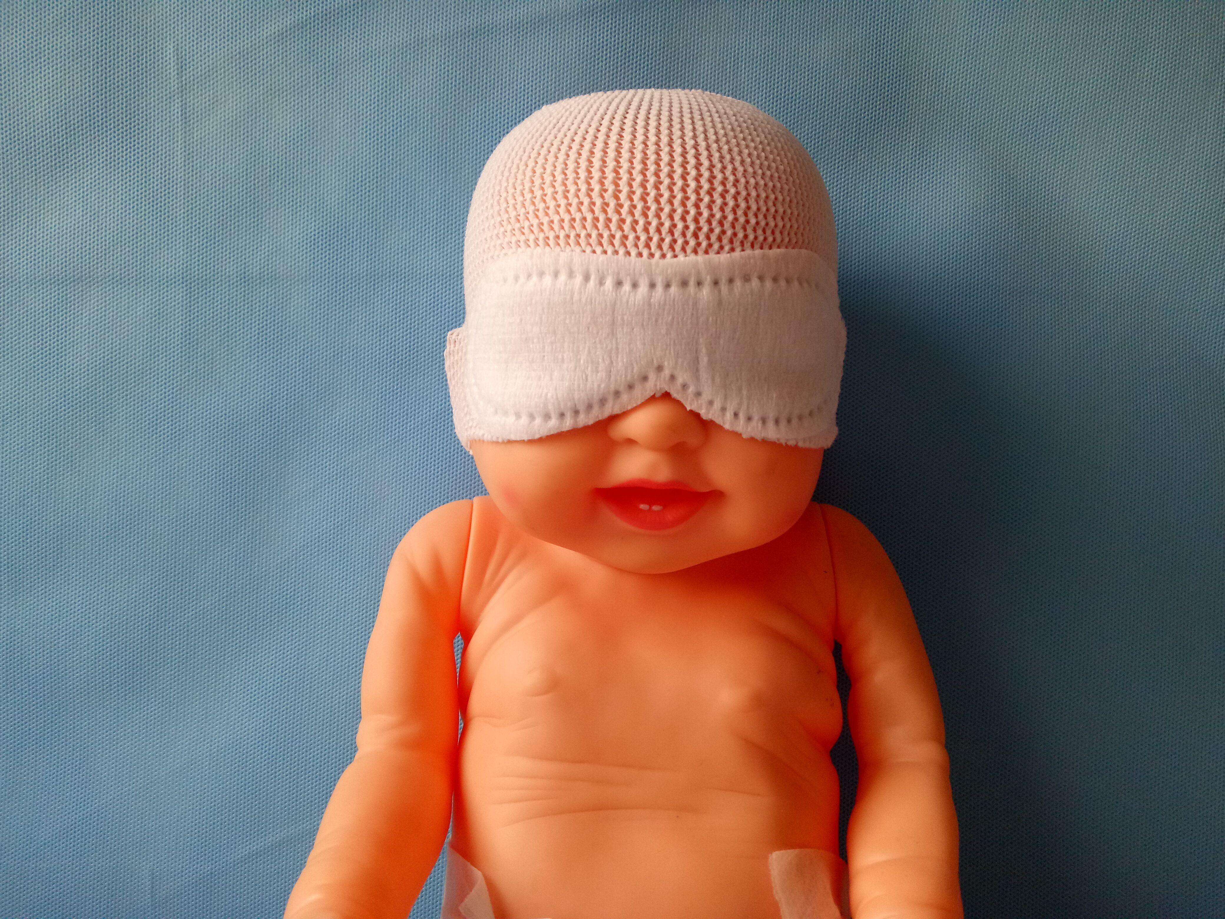嬰兒戴眼罩圖IV