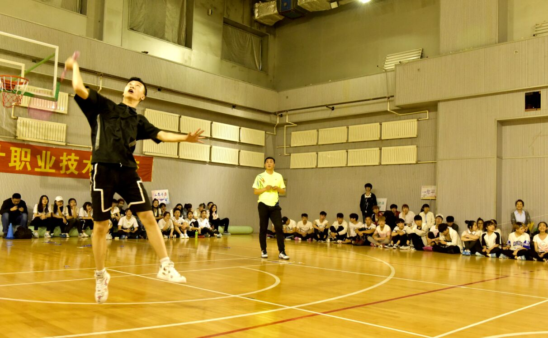 男子羽毛球3