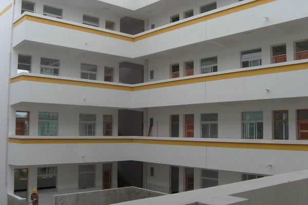 藍天學校綜合樓