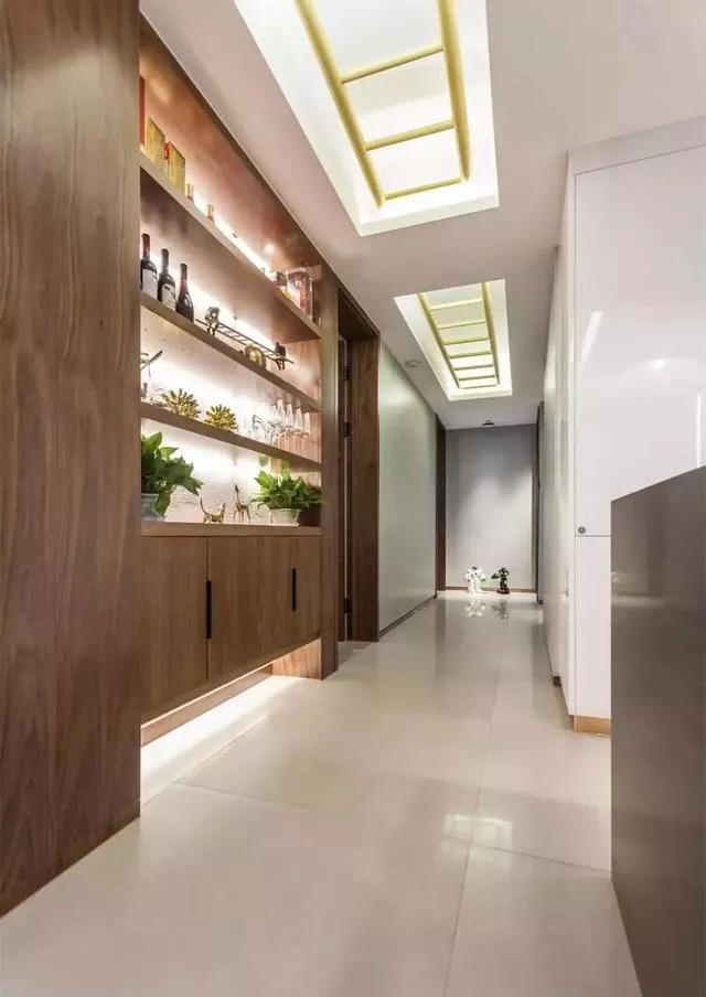 家有走廊该如何设计?把收纳和装饰都做好就行啦-微信?#35745;琠20181224133931