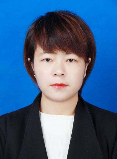 律师李文妮