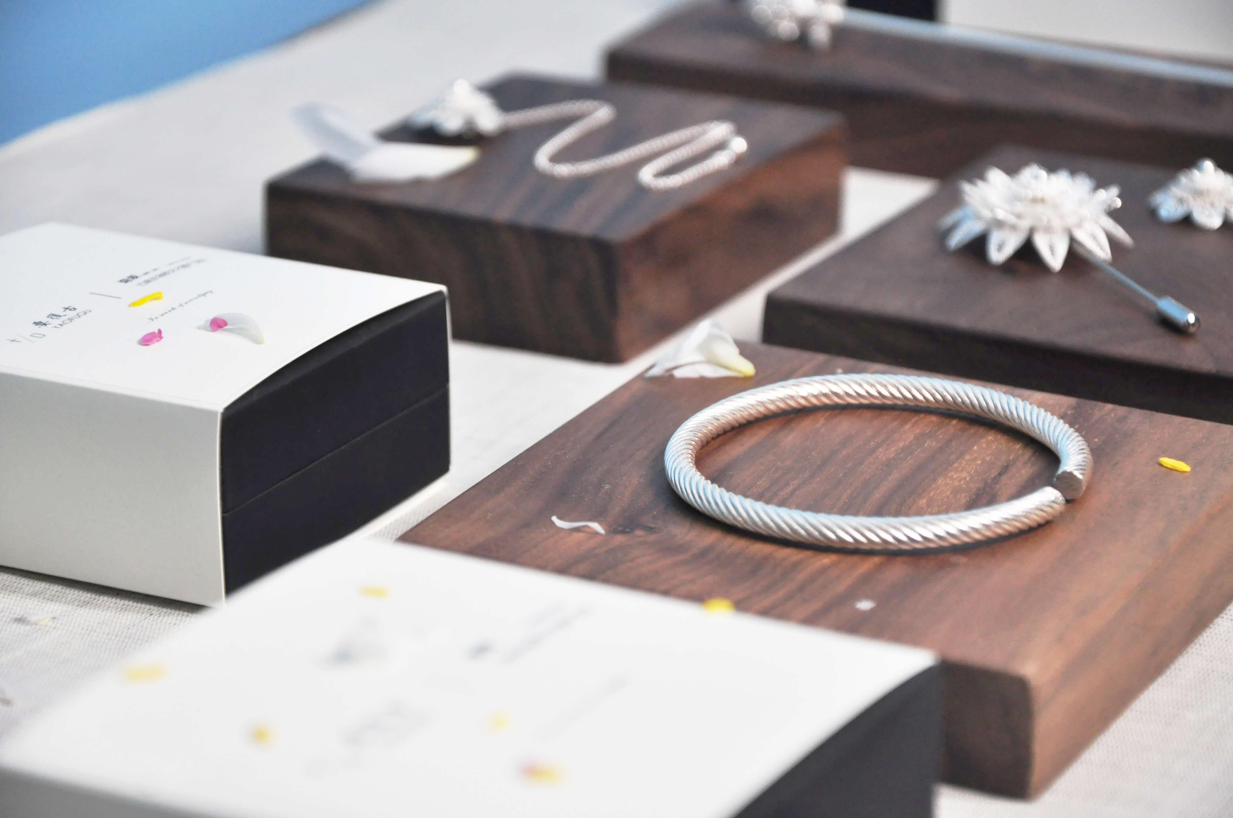 復古銀飾產品及包裝設計