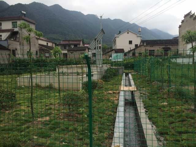 陵阳镇杨梅村60吨天风光互补微动力污水处理项目