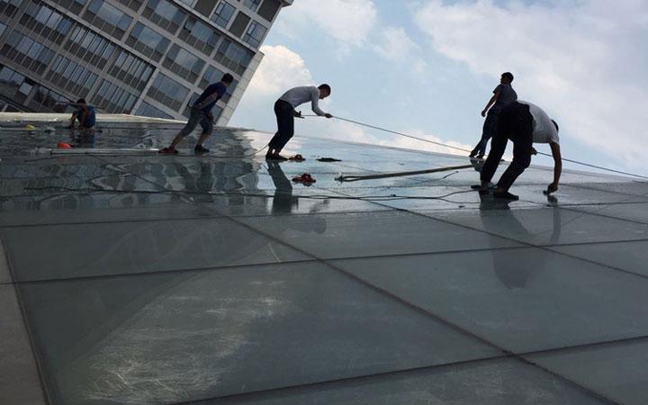 城南優品道廣場采光頂玻璃貼膜