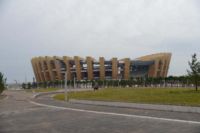 鄂尔多斯体育场——看台板