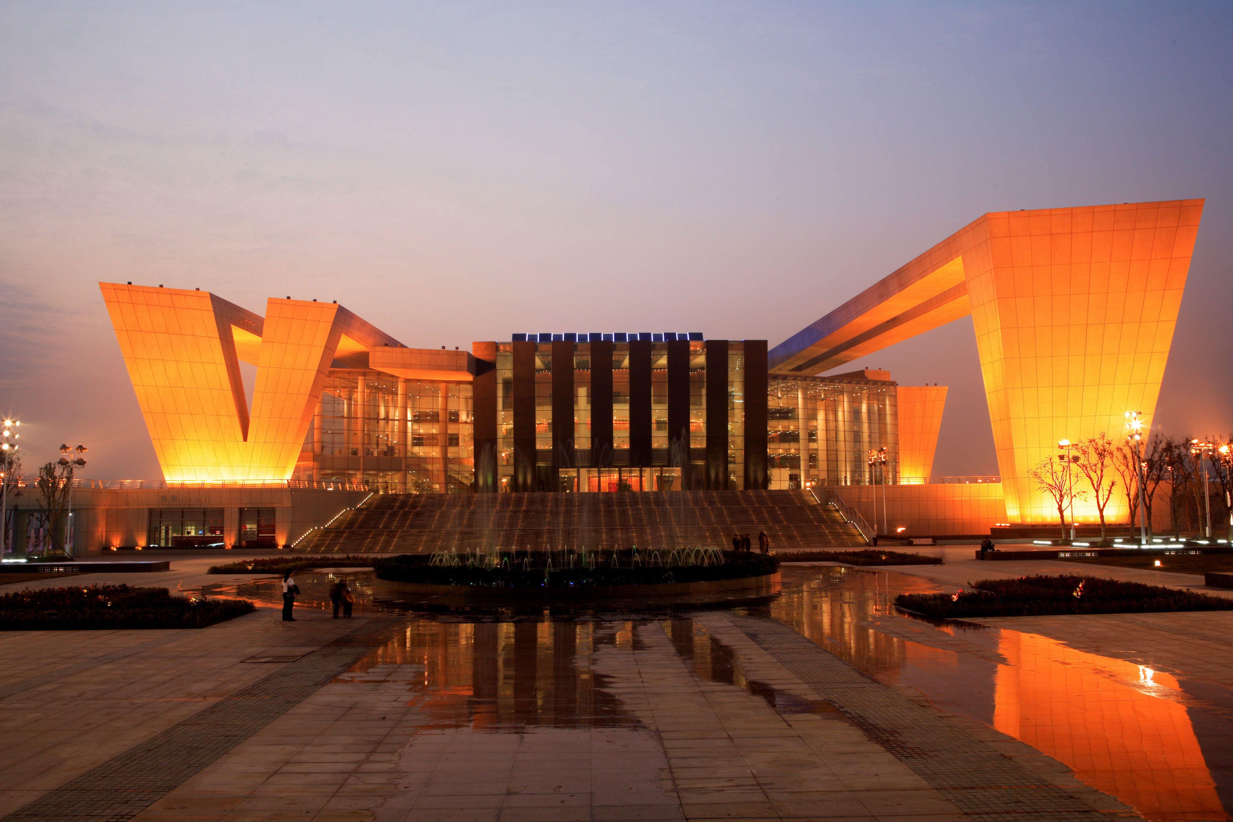 武汉琴台大剧院—外墙板