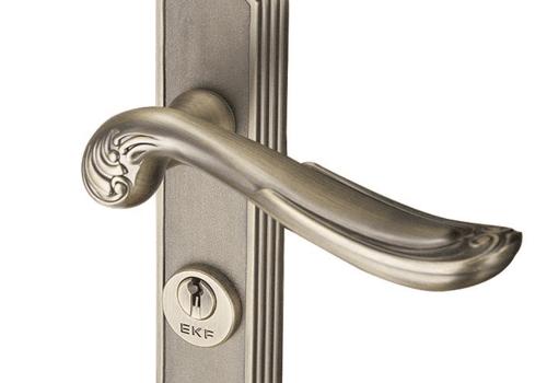 换门锁要澳门群英会官方网,怎么换门锁