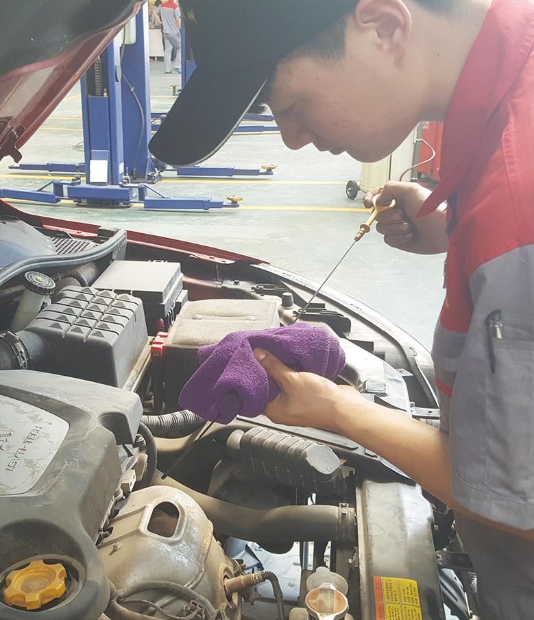 10.检测机油用量