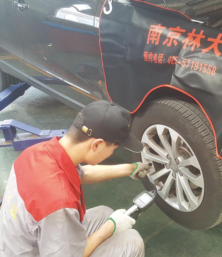 11.测量轮胎气压