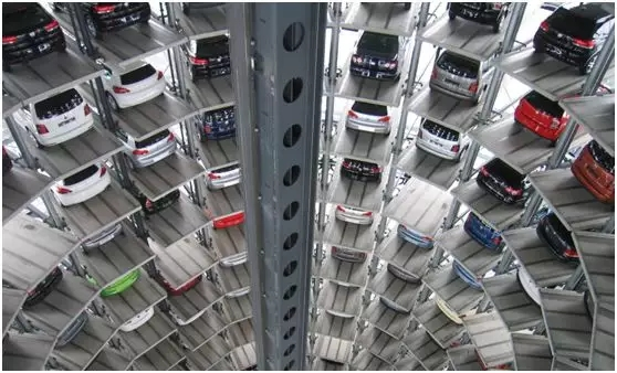 人工智能影响汽车行业.webp