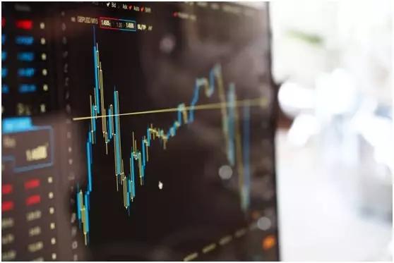 人工智能影响金融行业.webp