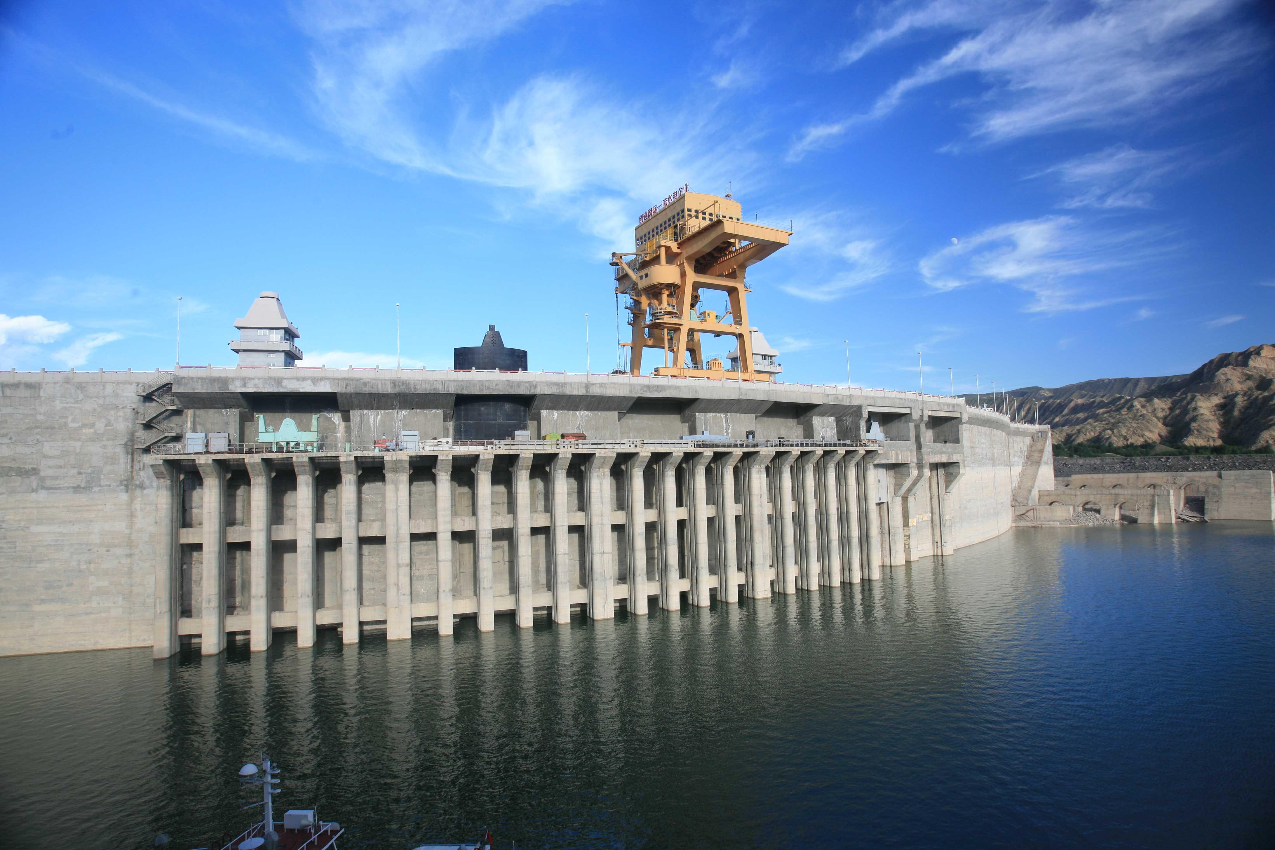 三峡水利拟65.44亿收购两资产