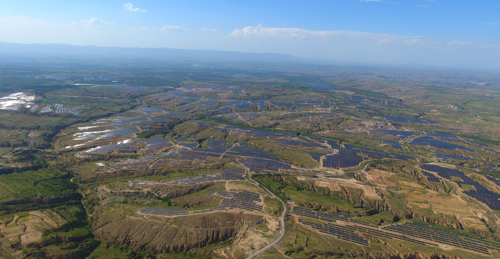 山西大同采煤沉陷区国家先进技术光伏示范基地
