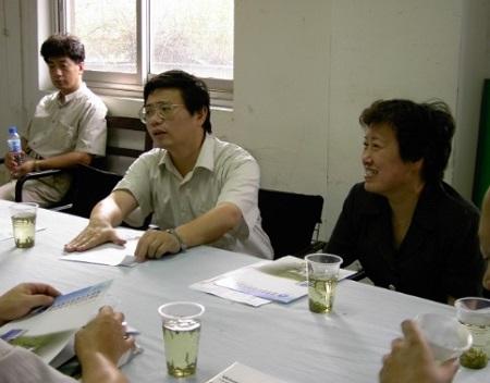 原杨浦区区长、副区长来我公司视察