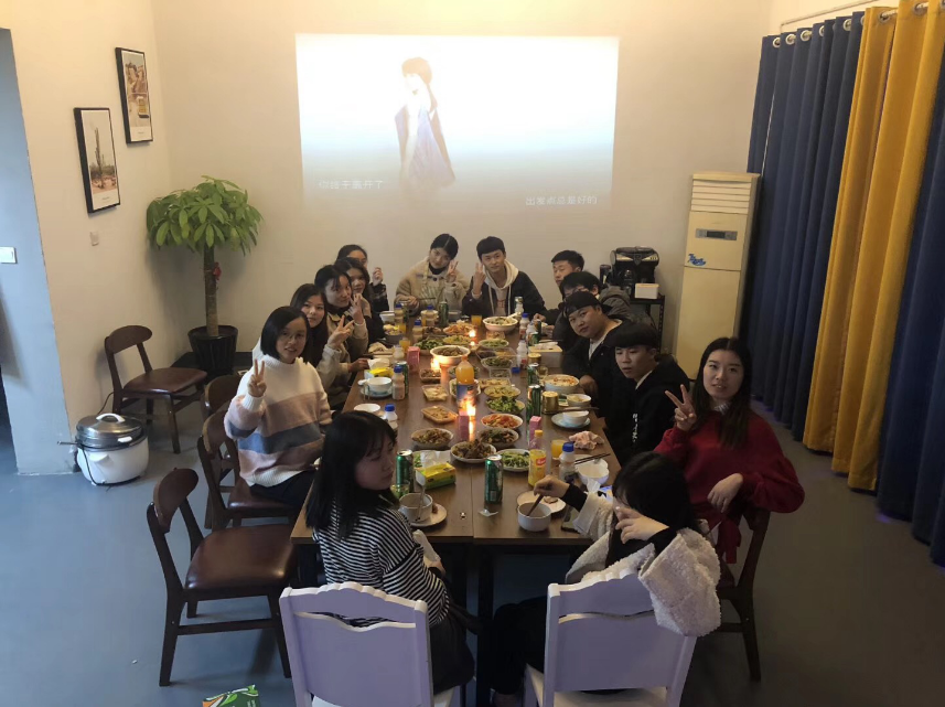2018杭州民宿全體晚餐