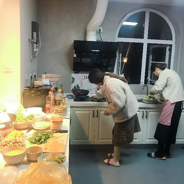 2018设计部亲自动手下厨
