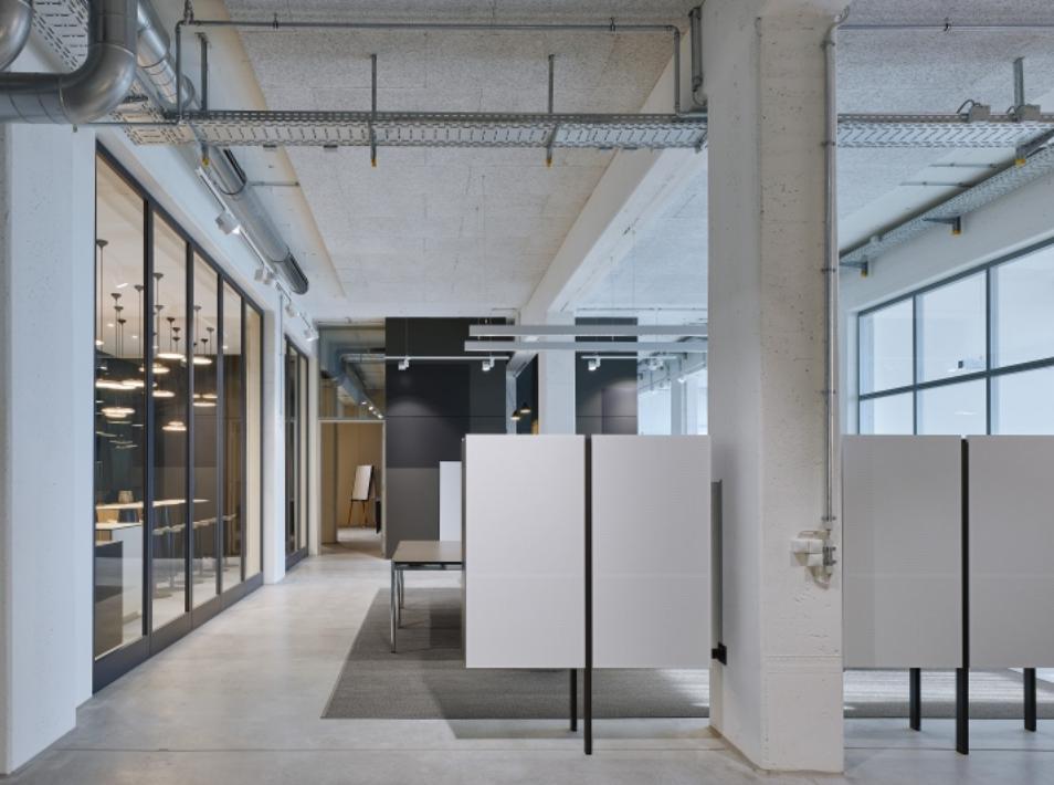 旧厂房改造办公室-1OPAN008LOF_1~W-_`7LO
