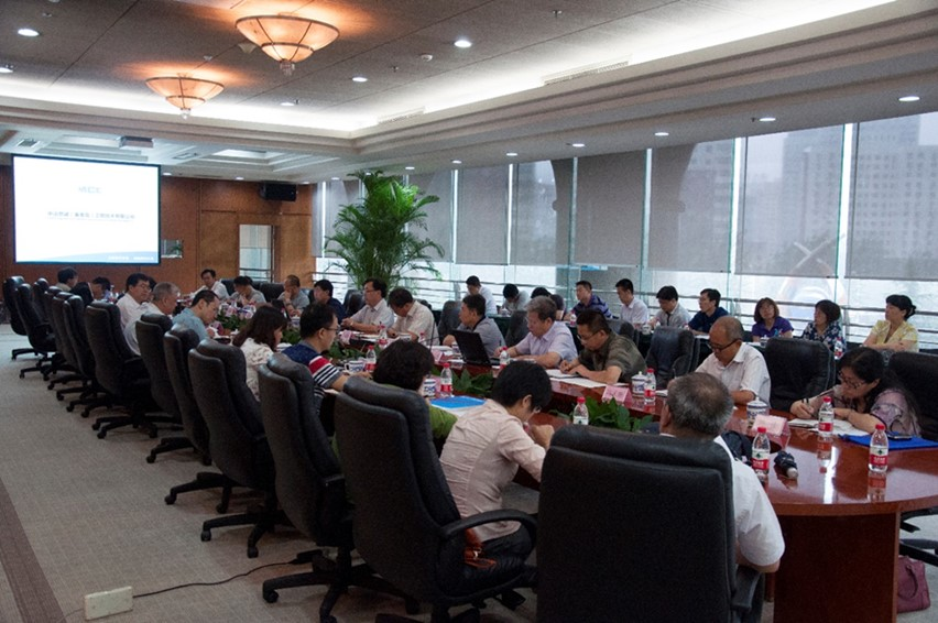 與中國技術進出口總公司合作開發海外市場