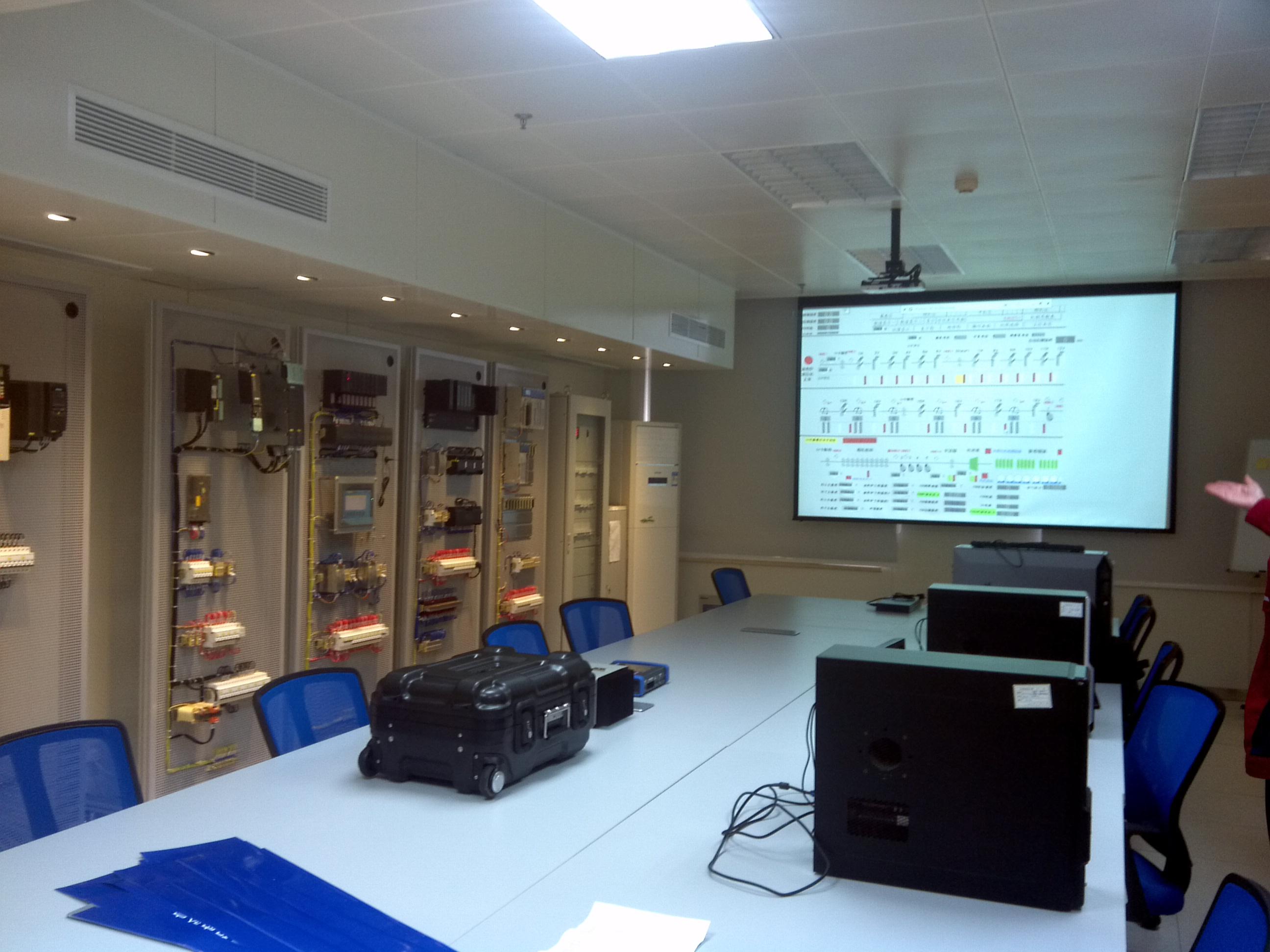 工业电气与自动化工程实验室