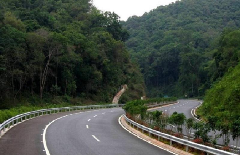 云南思茅至小勐养公路工程