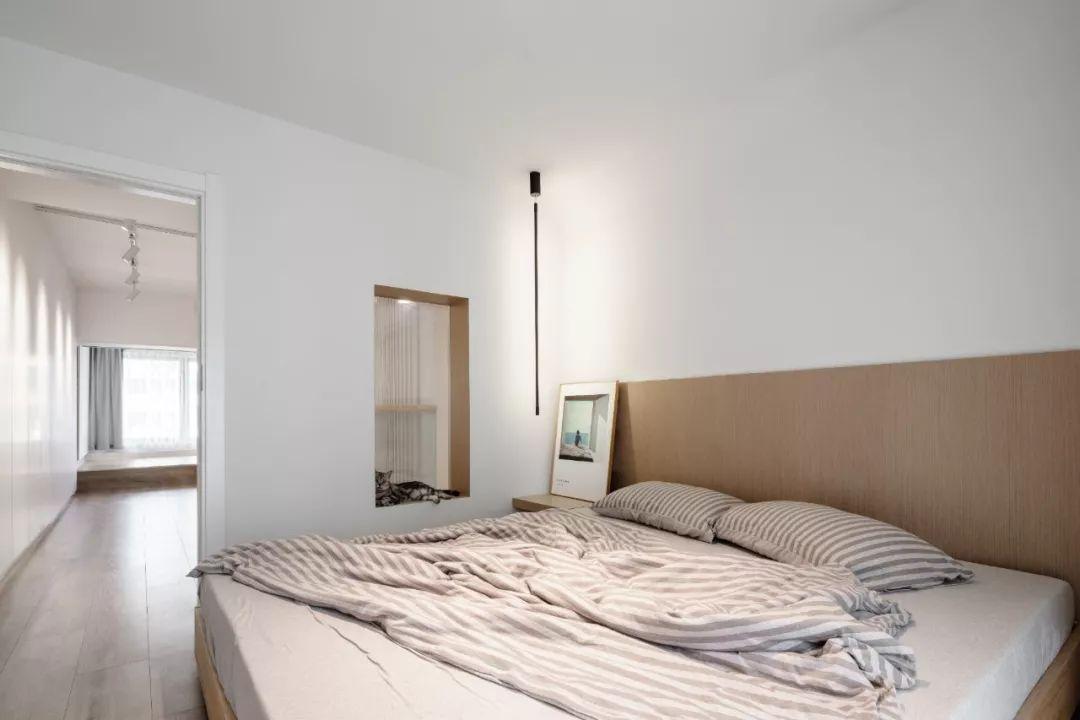 36㎡簡約風躍層單身公寓,過道加入收納柜更實用!-17