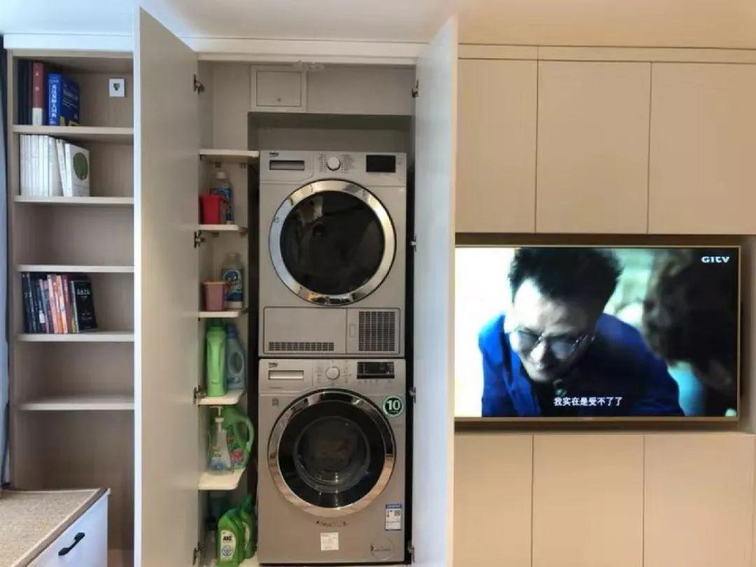 36㎡簡約風躍層單身公寓,過道加入收納柜更實用!-9
