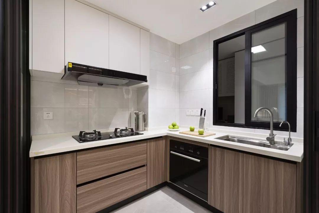 78㎡原木風兩居室,合理利用空間,讓家多出一個工作區。-3