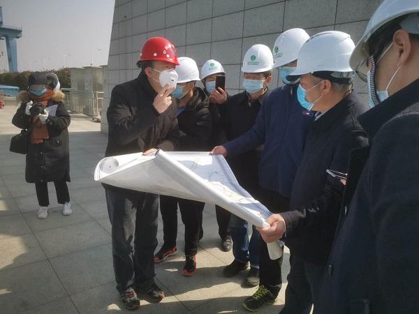 人民日报社湖北分社社长贺广华来丹采访