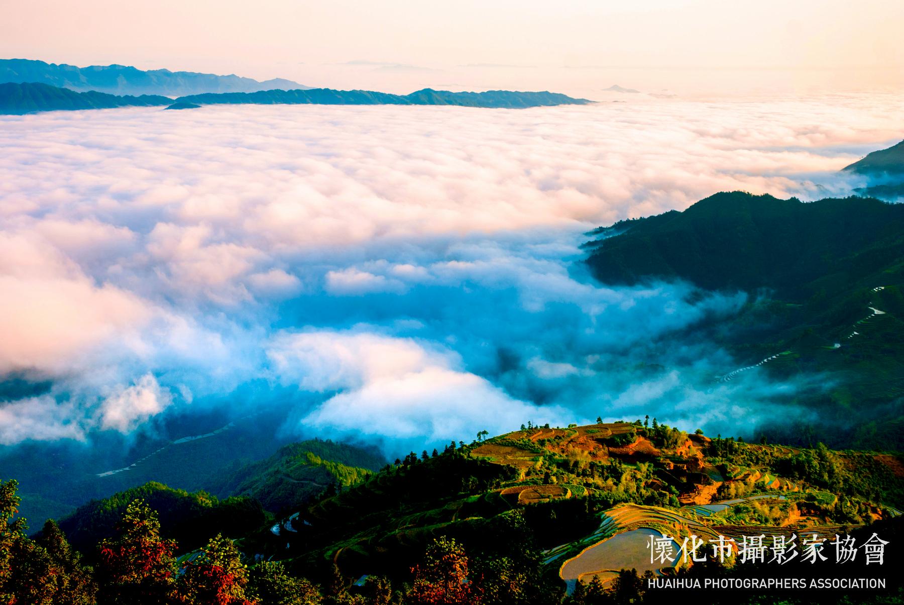 云端梯田摄影:雷文录135489903