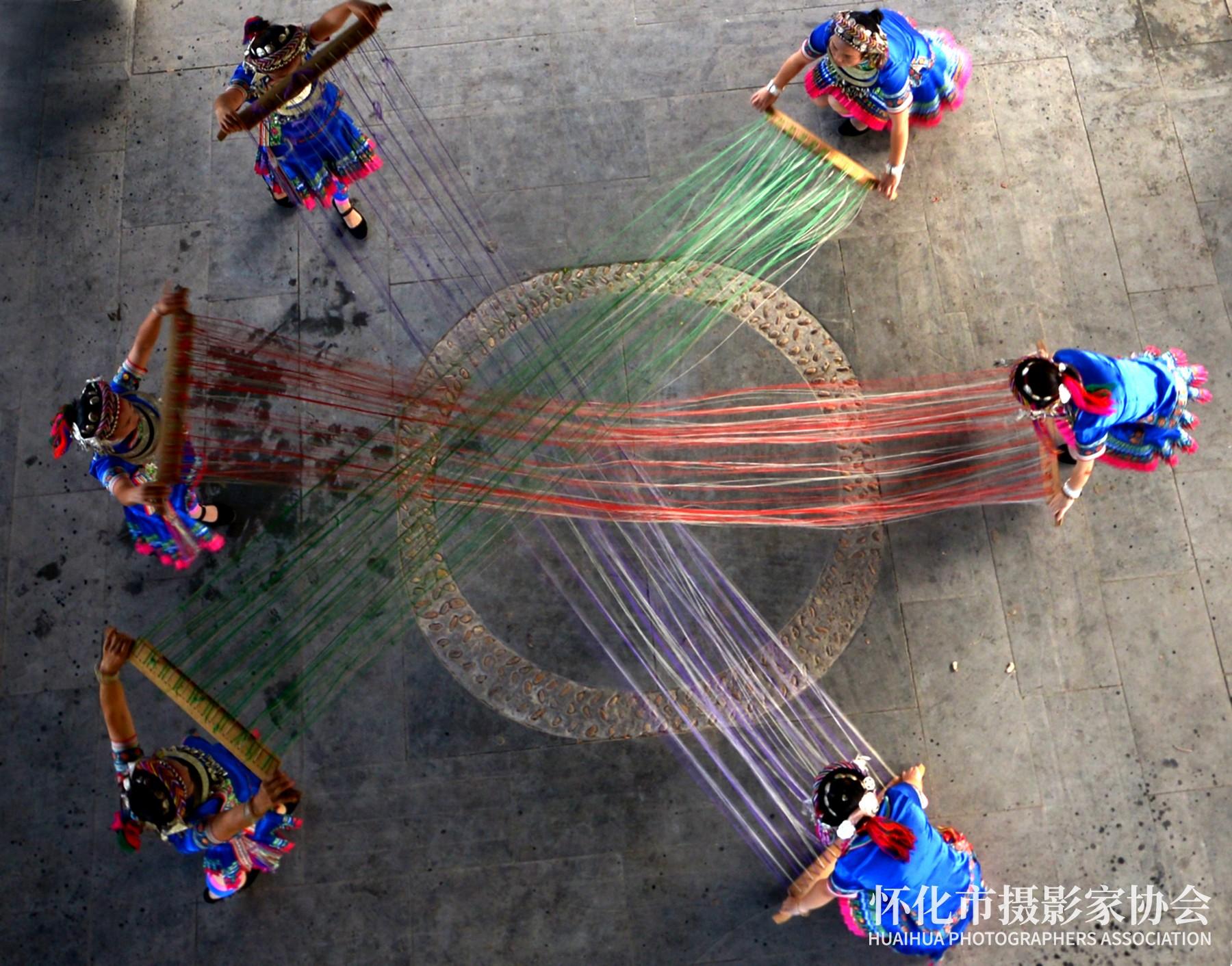 《红线线蓝线》李小平