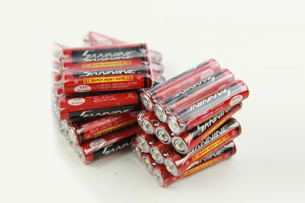 67号碳性英文电池