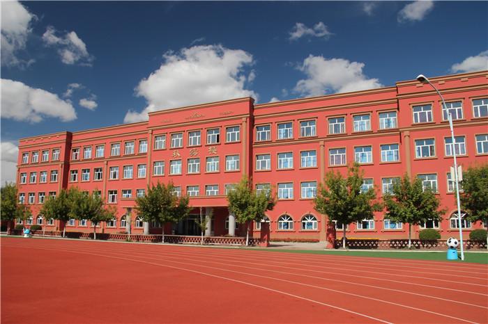 16-標注:高三教學樓