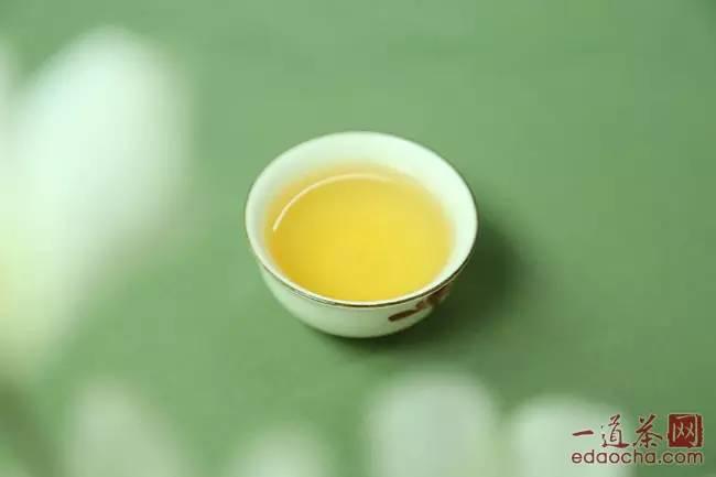 潤元昌9第5泡普洱茶茶湯