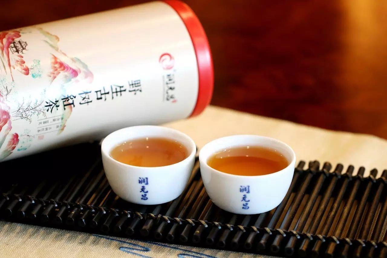潤元昌2017年野生古樹紅茶