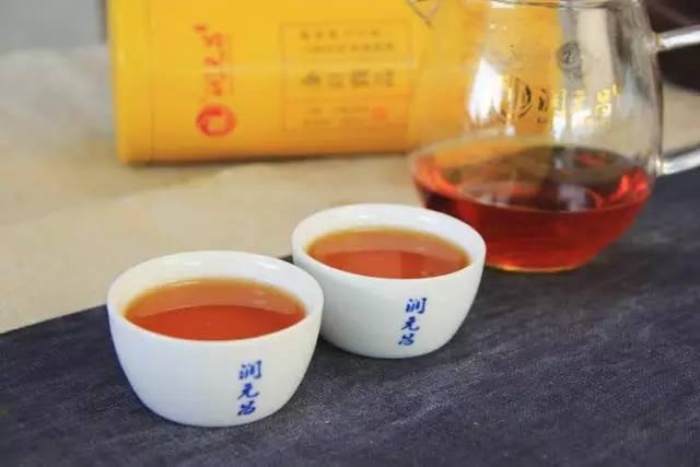 古樹紅茶茶湯圖片