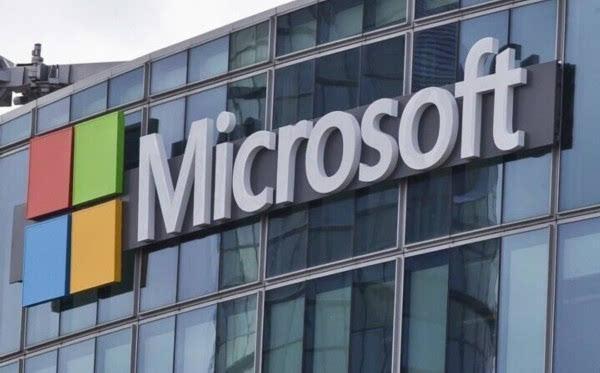 全球最大的电脑软件提供商----西雅图微软公司公司董事长兼首席软件设计师比尔•盖茨在当地一家旅馆房间里创建了微软公司