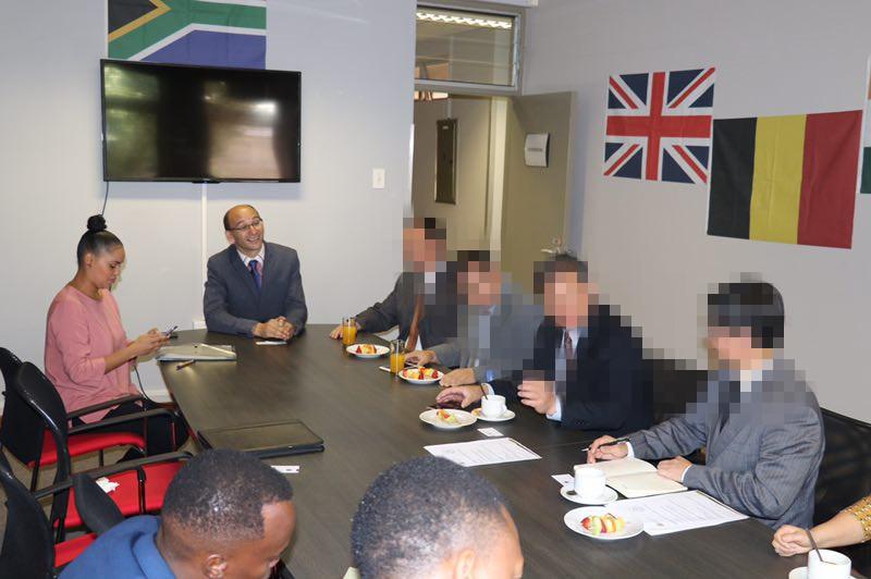 南非布隆方丹市政厅考察_副本