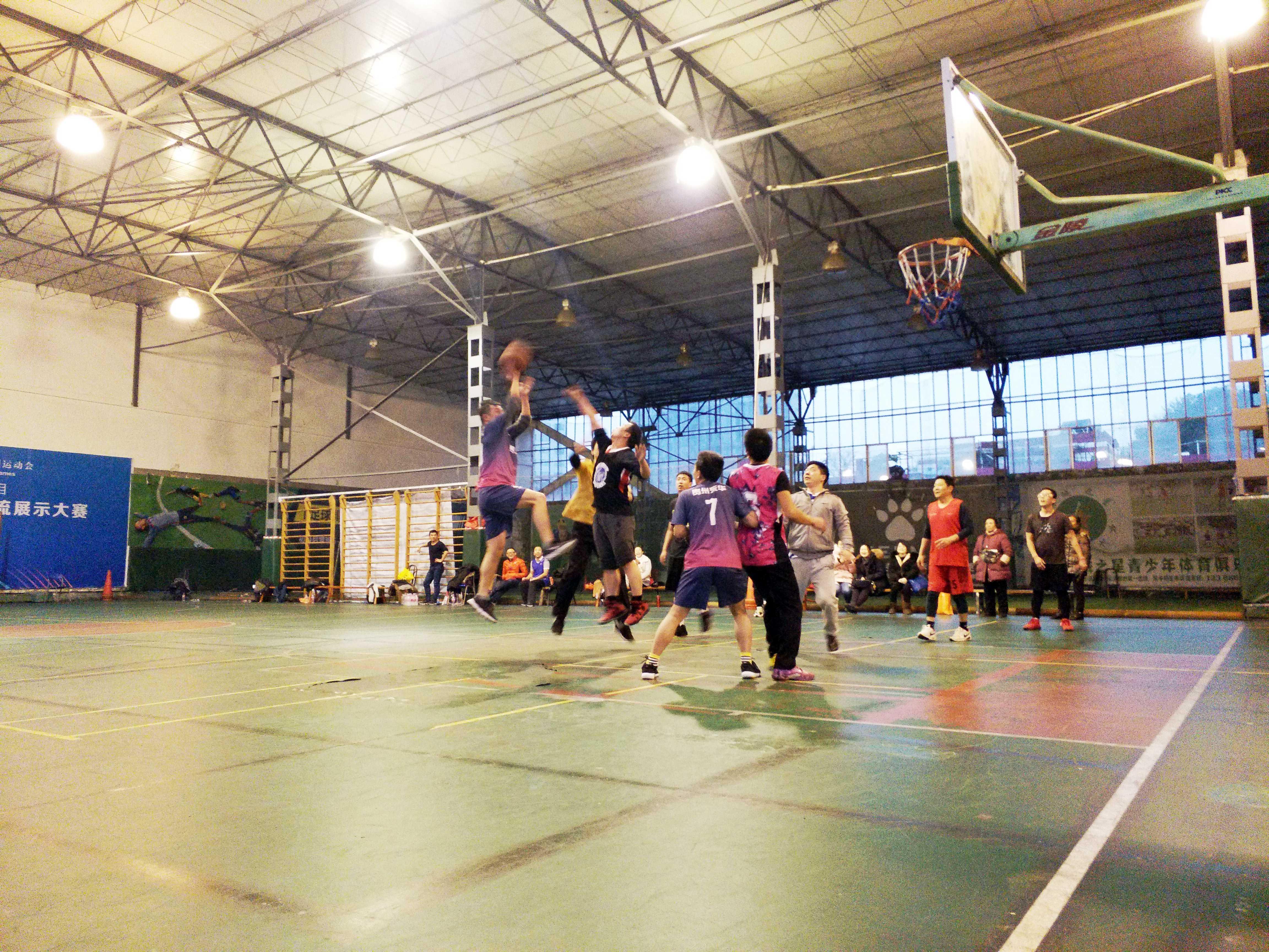 公司开展第二届篮球赛