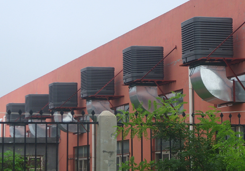塑膠廠車間通風降溫工程室外安裝效果圖