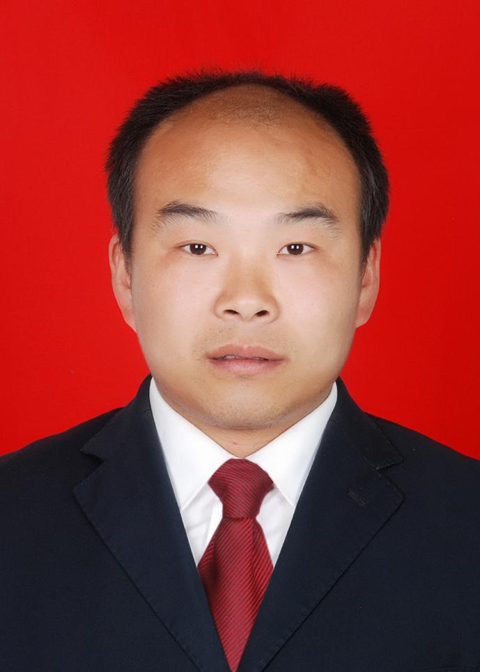 李华光副总经理