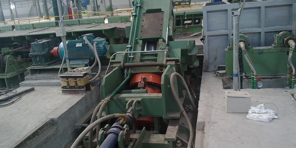 河冶科技-250T液壓剪