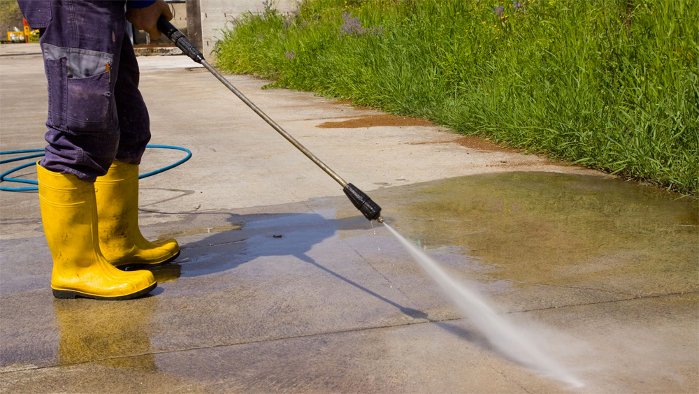rent-or-buy-a-pressure-washer