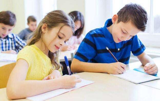 如何正解对待孩子成绩