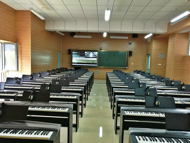 音乐电钢琴教室